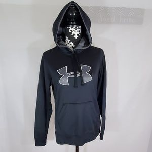 Under Armour loose fit pullover sweatshirt Medium